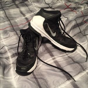 NIKE Air Without A Doubt Size 8.5